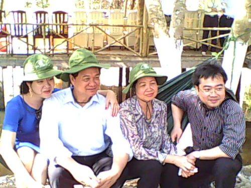 hoànglonghải – Kể chuyện đánh giặc ở quê hương Nguyễn Tấn Dũng