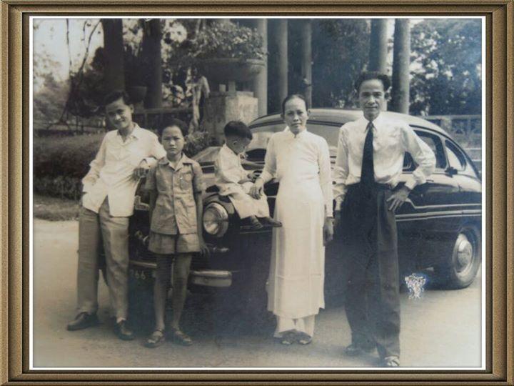 Sở-Thú năm 1955. Cha-Mẹ, Hồng, Anh Minh, Bác Hai