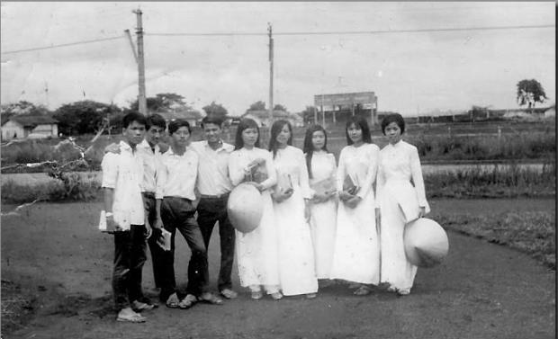Cựu học sinh Trường Trung Học Bình Long trước năm 1972