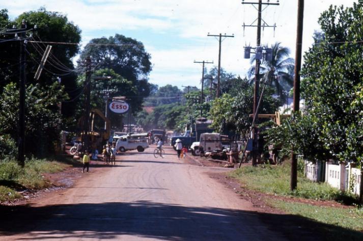 Trần Cẩm Tường – Hàng quán tại An Lộc trước năm 1972