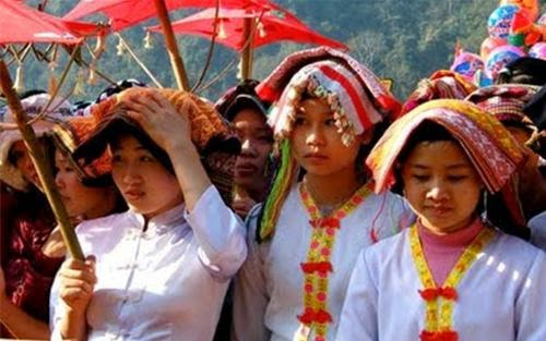 Ngày hội của người Thái trắng. (Huỳnh Tâm)