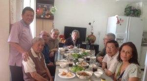 từ phải: A/c Trần Thế Phong, Thành Tôn, Nguyễn Đình Thuần, Phạm Phú Minh, Vũ Hối, Trần Văn Nam, đứng, Trần Yên Hòa